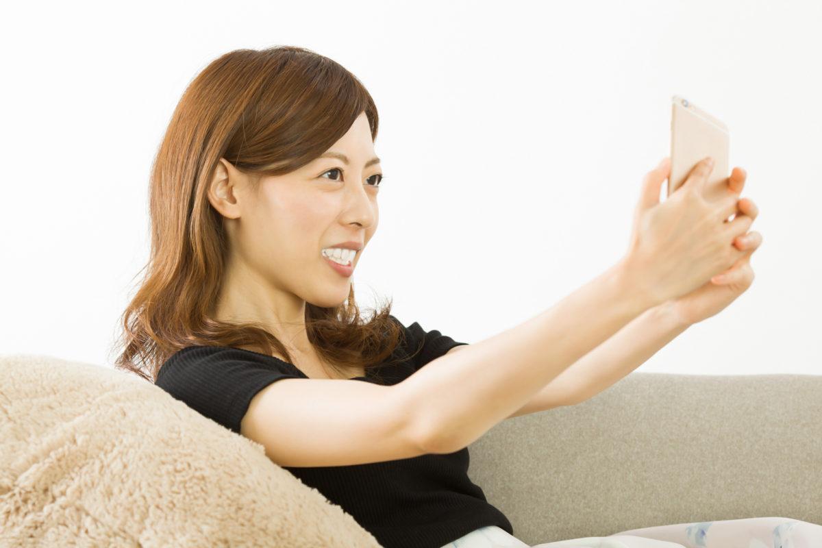 落ち着いた雰囲気の笑顔が素敵な美人モデル|山形モデルネット